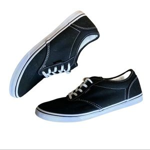 - Vans Off The Wall Skateboard Sneakers Size 7